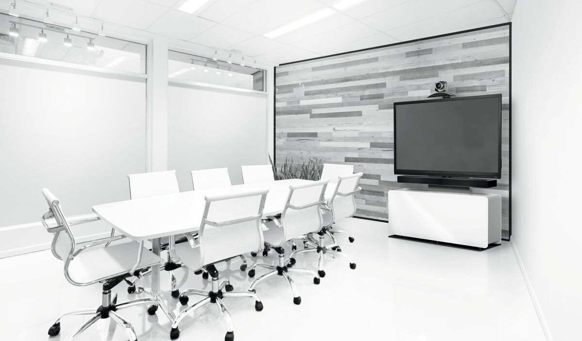 Vogel's PVF 4112 Video conferencing furniture white - Ambiance