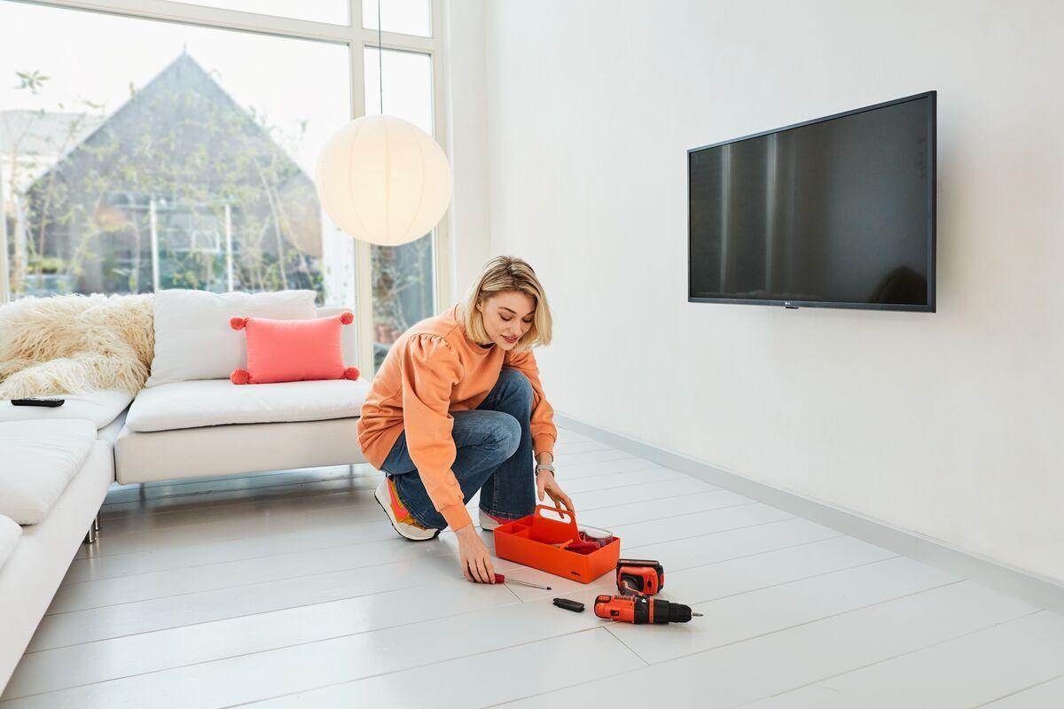Vogel's TVM 1405 Flache TV-Wandhalterung - Geeignet für Fernseher von 32 bis 77 Zoll - Ambiance