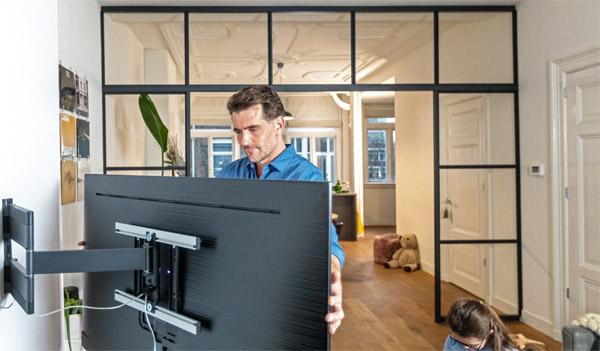 Vogel's full-motion OLED wall mount, suitable for OLED TVs