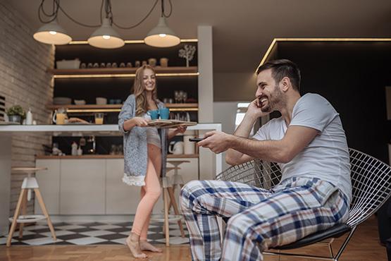 Supports TV muraux pour la cuisine