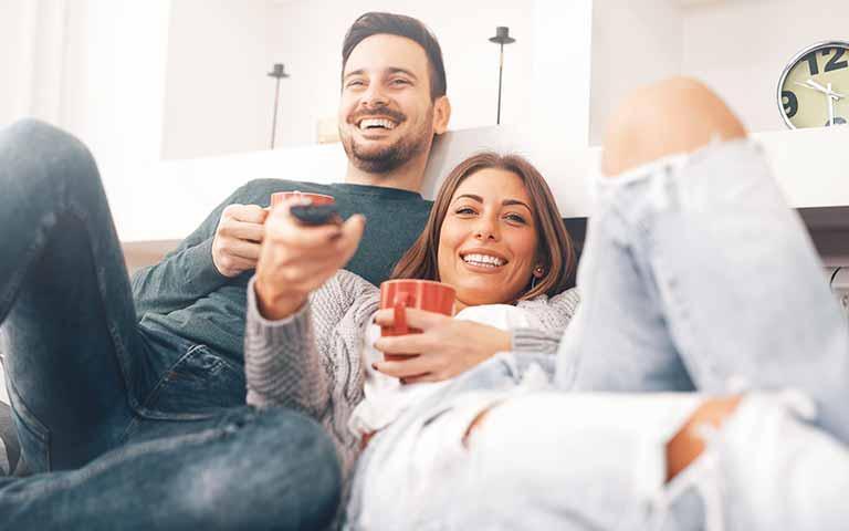 TV muurbeugels voor in je appartement | Vogel's