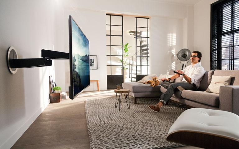 MotionMount: elektrische tv muurbeugel